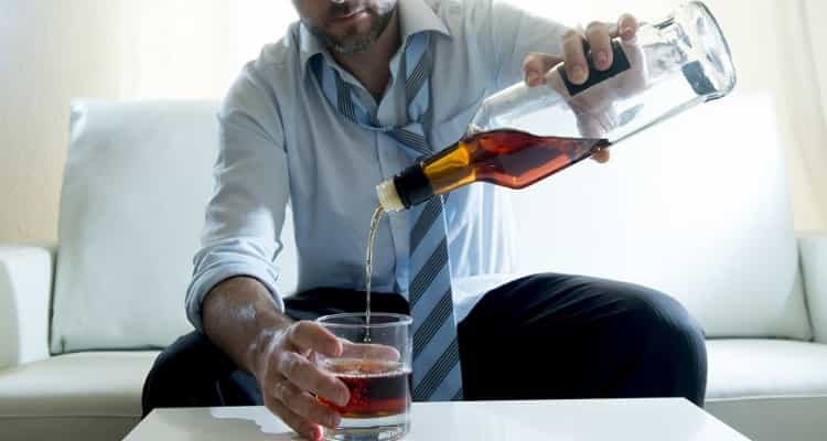 El alcoholismo crónico no permite determinar un grado de ...