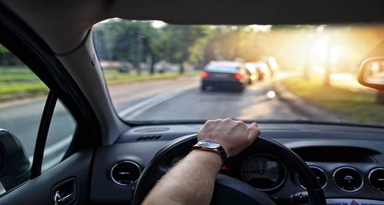 Image result for conduciendo al trabajo
