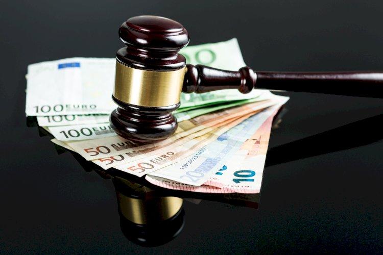 mazo juez dinero