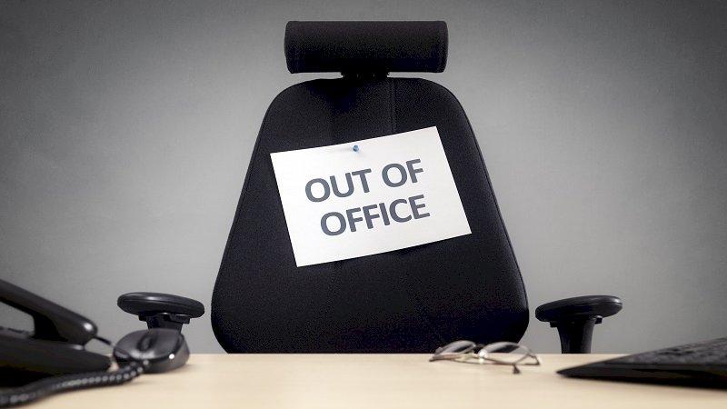 silla cartel fuera oficina