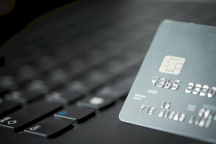 tarjeta crédito ordenador