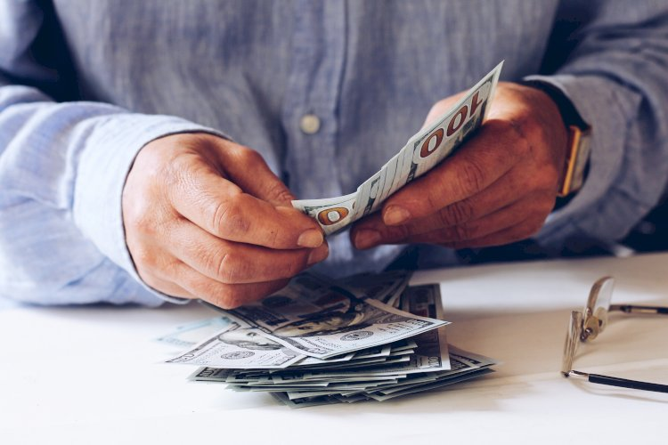 Contar dinero
