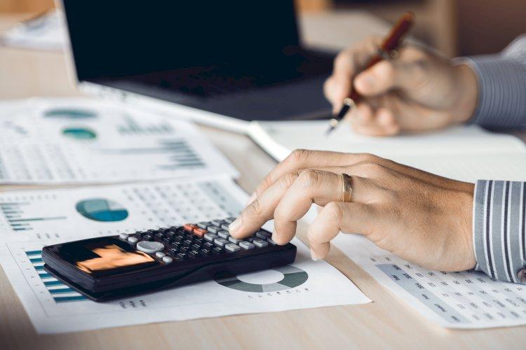 calculadora contable calculo papeles informe