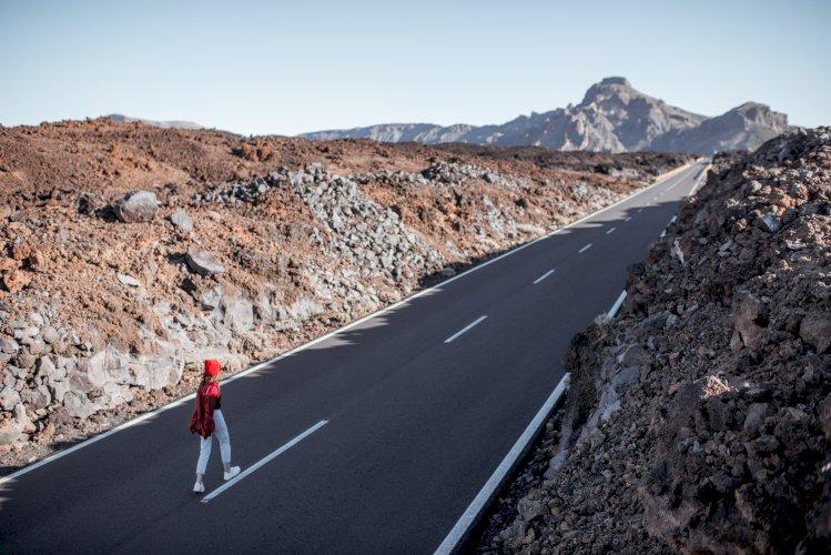 carretera coches volcan